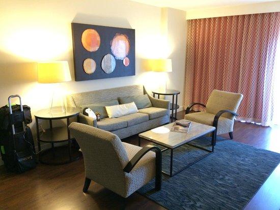 Hotel Indigo San Diego Gaslamp Quarter: Livingroom