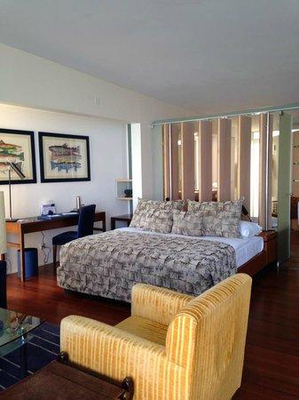 Hotel Palafitte : Grande chambre/salon