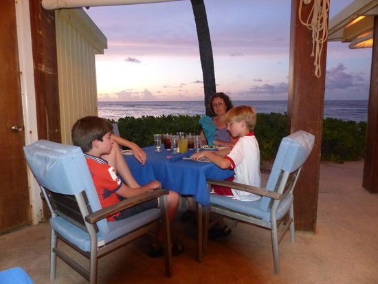 The Palms at Pelican Cove : Dinning