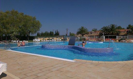 Camping L'Amfora : piscina