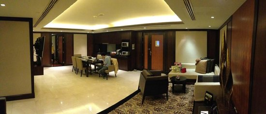 Banyan Tree Bangkok : 2 bedroom suite - very spacious