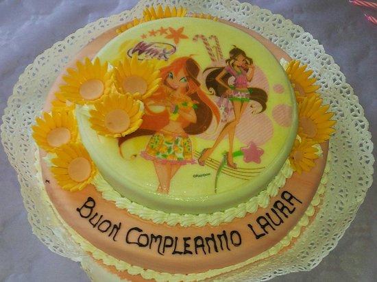 Torta Compleanno Laura.Compleanno Laura Picture Of Pasticceria Pol Bellinzago Novarese