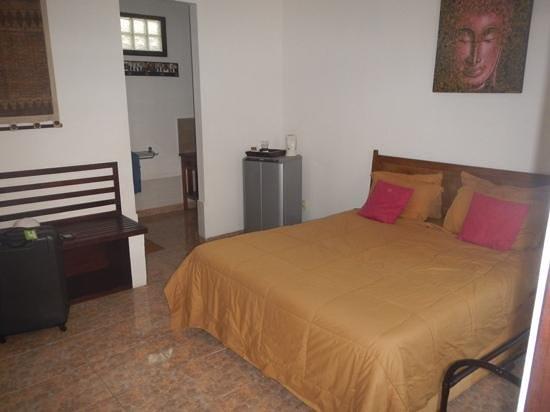 Sindu Guest House: kamer