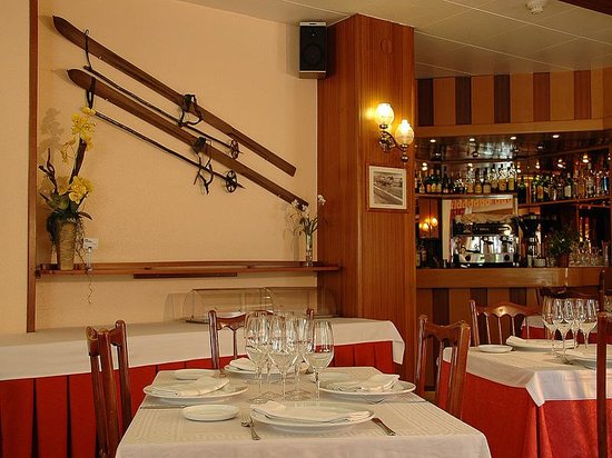 Hotel Univers: Restaurant