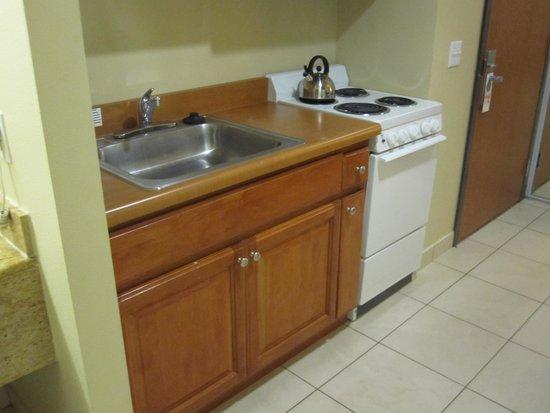 Desert Palms Hotel & Suites: キッチン