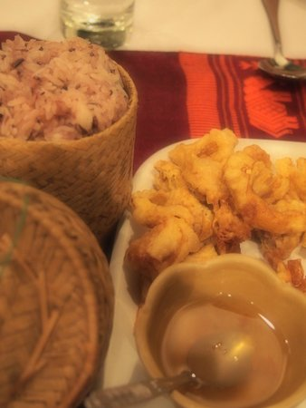 Tamnak Lao Restaurant : bamboo shoots stuffed with pork