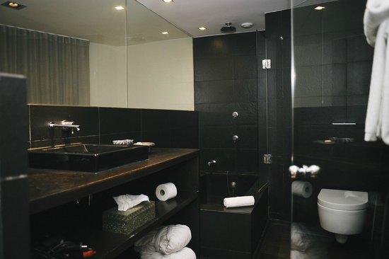 Purohotel Palma: bath room 22