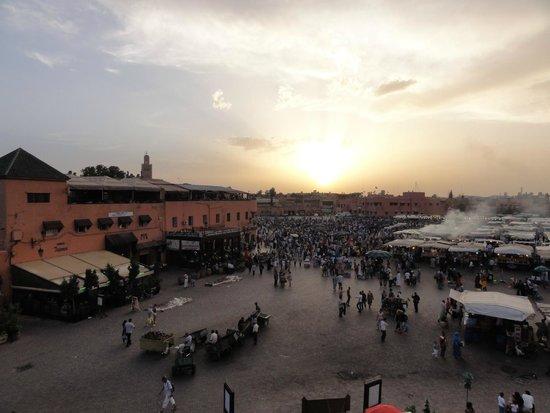 Riad Mahjouba : Piazza Djema El-Fnaa