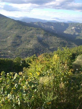 Trattoria dalla Etta : in Lucinasco findet jeder was er sucht...Ruhe - Berge - das Meer