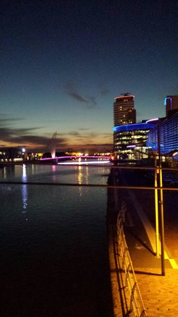 Holiday Inn Express Manchester - Salford Quays : So pretty