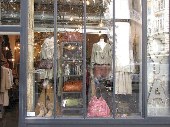 Yaya Store