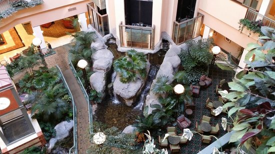 Embassy Suites by Hilton Raleigh - Durham/Research Triangle: lobby