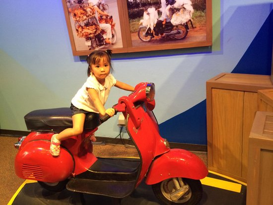 Children's Museum of Houston: This is a Vietnamese culture exhibit.  It is a true reflection of Vietnamese culture.