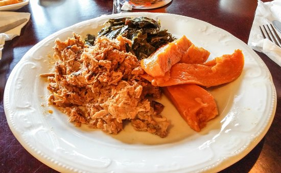 The Prime Smokehouse Barbecue & Beyond: BBQ Plate