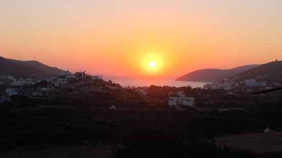 Kastanis Camping: Tramonto dal campeggio