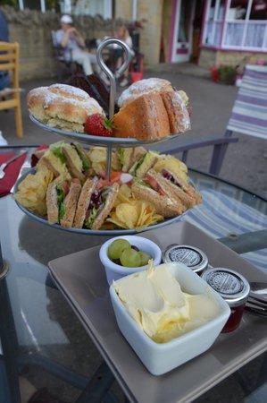 Mary's Rest Tearoom & Cafe: ummmmmmmmmmmmmmm