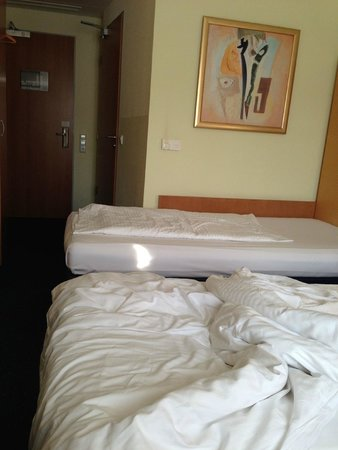 H+ Hotel Berlin Mitte : kamer