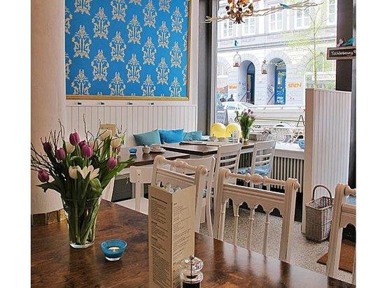 Photo of Cafe Gretchen's Villa at Marktstr. 142, Hamburg 20357, Germany
