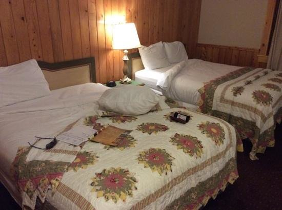 Northern Lights Lodge: room 47