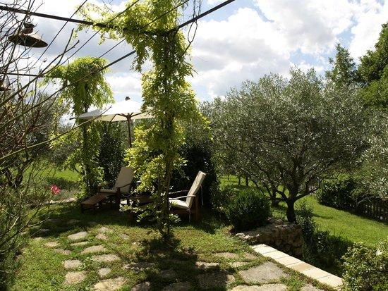 La suite Olive côté jardin - Picture of La Bastide de Moustiers ...
