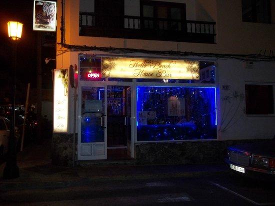 Hello Beach House Bar