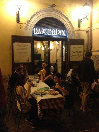 Dar Poeta: Outside the restaurant.