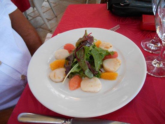 Le Micocoulier : Carpaccio de St-Jacques aux agrumes