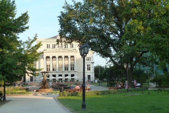 Latvian National Opera : Oper im Park