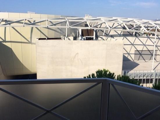 AC Hotel by Marriott Ambassadeur Antibes- Juan les Pins: Blick vom Balkon