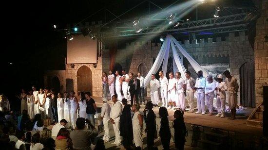 VOI Arenella resort: Alex Baroni tribute, Serata di saluti