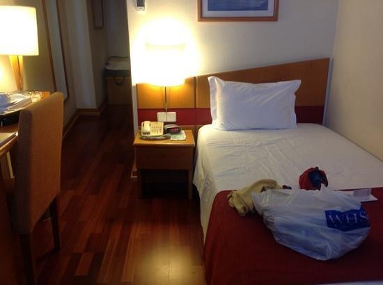 Quality Inn Porto: single room