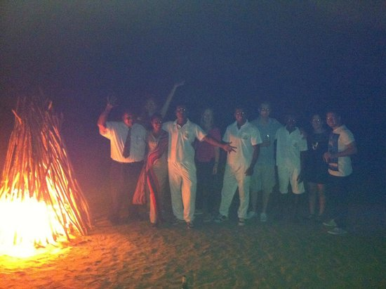 The Surf Hotel : The bonfire and the staff!
