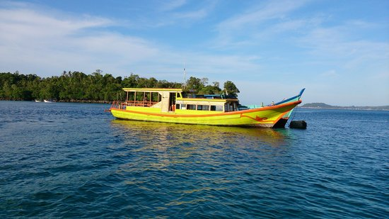 Sabang, Indonesia: The beloved Dive Weh boat, MV Juhang