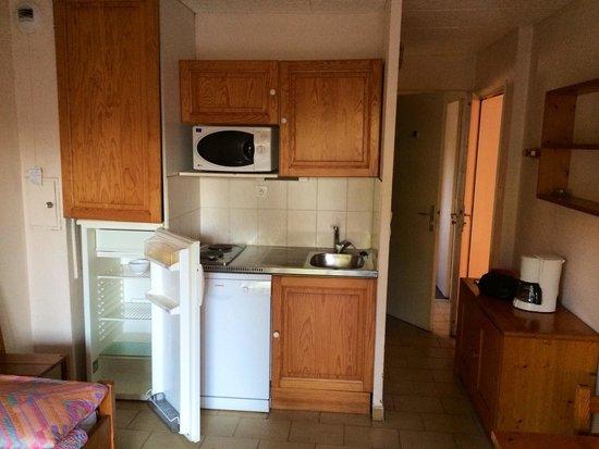pi ce vivre cuisine pas de lumi re dans le frigo. Black Bedroom Furniture Sets. Home Design Ideas