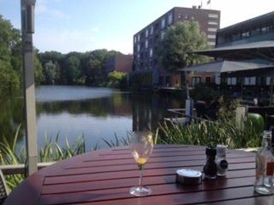Hotel Mitland: Blick von der Restaurant Terrasse