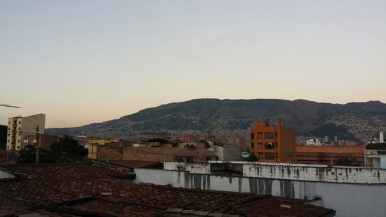 The Wandering Paisa : View from the little rooftop patio