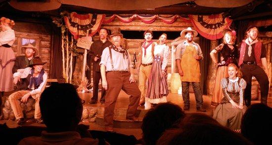 Jackson Hole Playhouse: Wonderful cast!