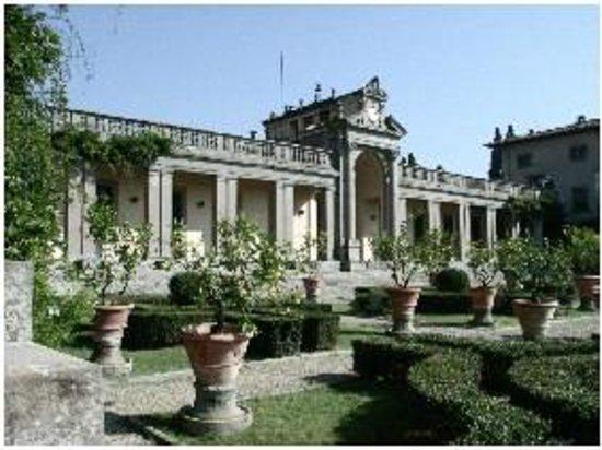Museo Enrico Caruso: Il giardino all'italiana