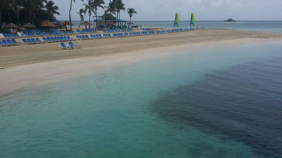 Palomino Island: First ferry trip of the day from El Conquistador Resort.