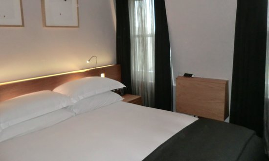 The Montpellier Chapter Hotel: Standard Room