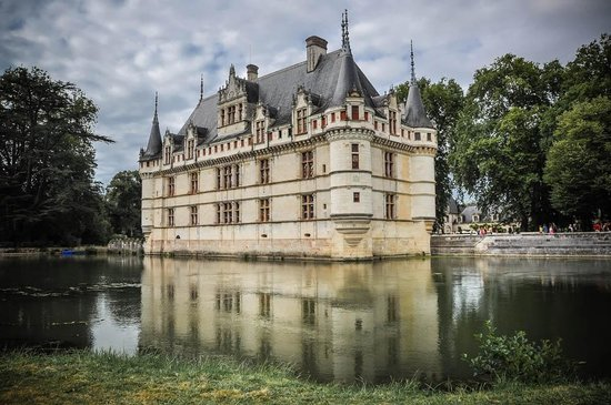 unique beautiful place picture of chateau of azay le rideau azay le rideau tripadvisor. Black Bedroom Furniture Sets. Home Design Ideas
