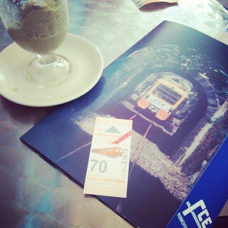 Circumetnea Railway: 立派なパンフレットです