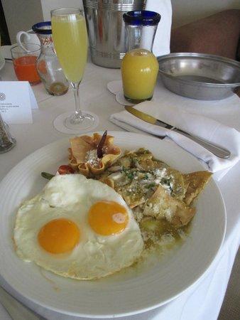 Grand Velas Riviera Nayarit: In-room dining