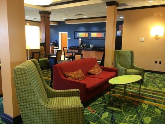 Fairfield Inn & Suites Weatherford: Breakfast area!