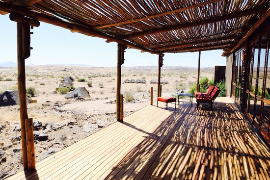 Wilderness Safaris Doro Nawas Camp: main terrasse