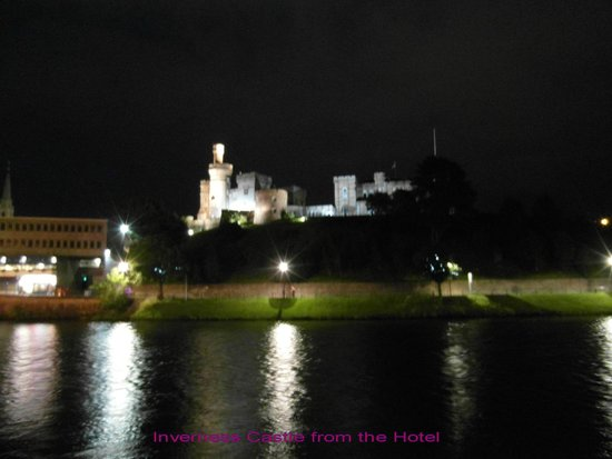 BEST WESTERN Inverness Palace Hotel & Spa: Inverness Castle from the hotel