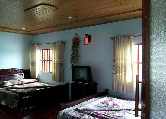 Cat Ba, Vietnã: floating homestay family room