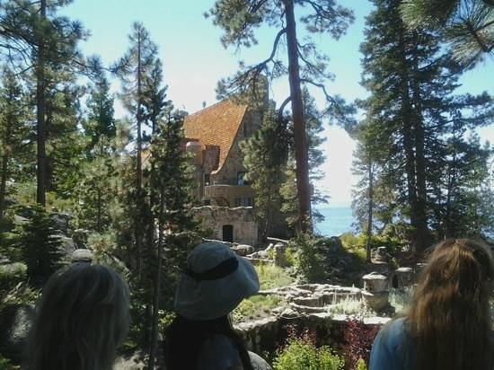 Thunderbird Lodge: Great architecture and incredible location!