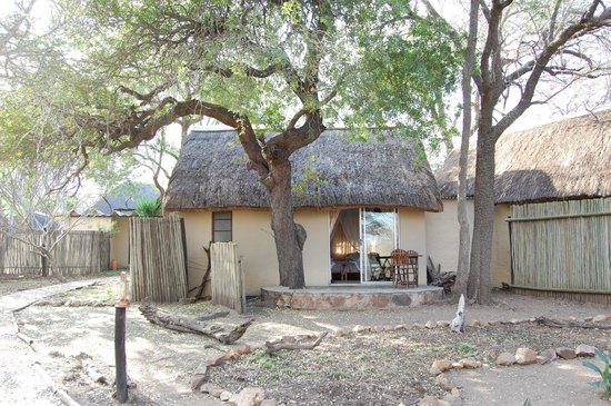 KwaMbili Game Lodge : Our lodge