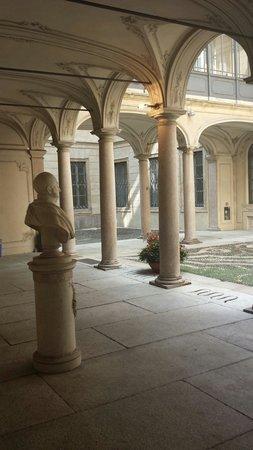 Palazzo Morando : Ingresso